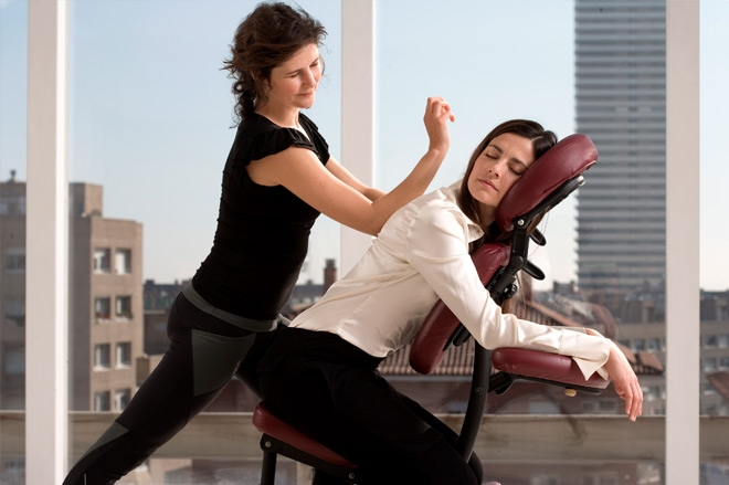 On Site Chair Massage For The Office Or For Your Event The Vital Touch Barcelona