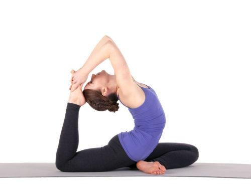 Yoga al amanecer o al atardecer